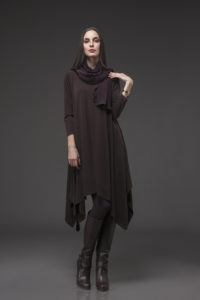 Flare Dress, FLR-5009 Brown. Skinny Scarf SKN-7002 Aubergine. Long Leggings TT-3002 Aubergine.